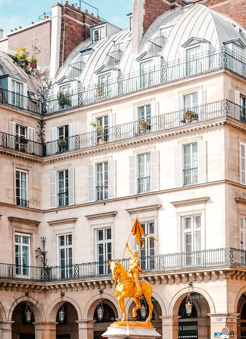 Paris et ses immeubles Haussmanniens