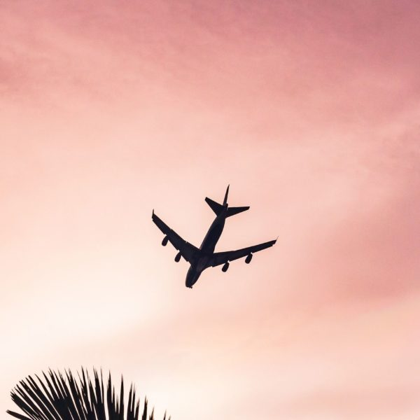 Les indispensables pour  un voyage en avion (presque) parfait !